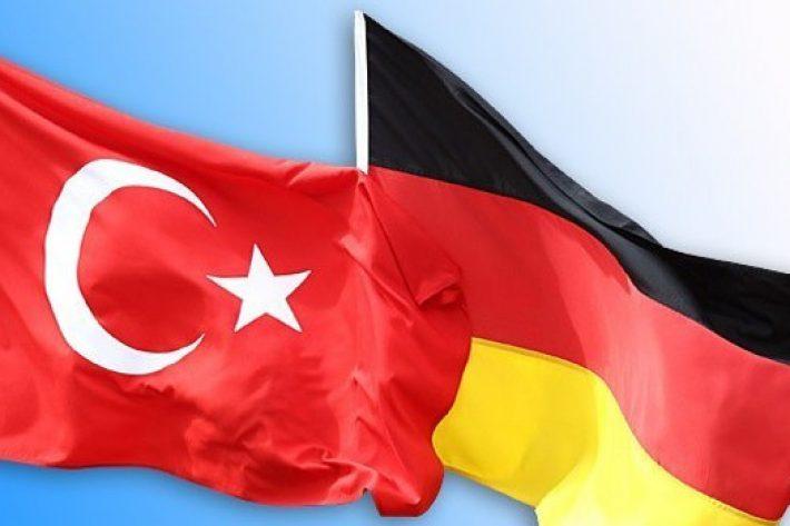 Almanya: Acı Vatan