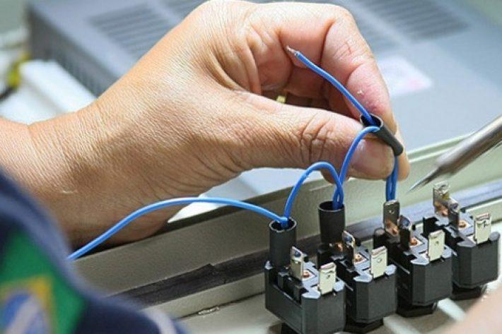 Şu yüksek teknolojili üretim meselesi…